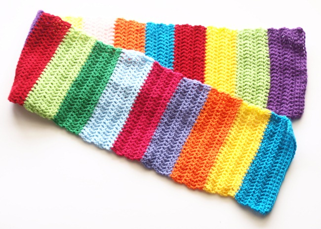 E's rainbow scarf