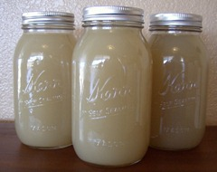 chicken broth in jars (640x506)