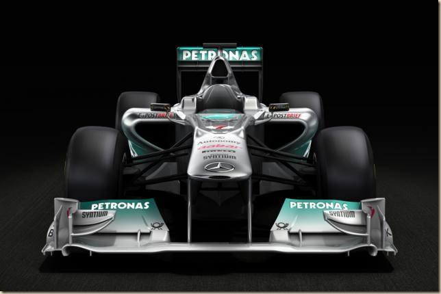 43361__Mercedes_GP_W02_front2