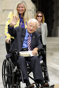 us-senator-robert-c-byrd-dead-at-92