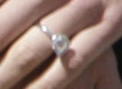 chelsea-clinton-engagement-ring-photos-pictures