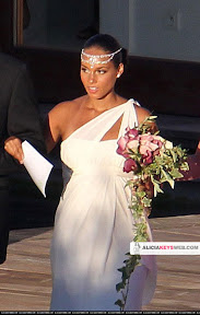 alicia-keys-wedding-dress-vera-wang