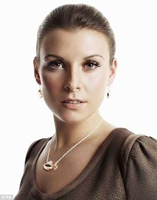 coleen-rooney-wiki-wayne-rooney-wife-coleen-mary-mcloughlin-biography