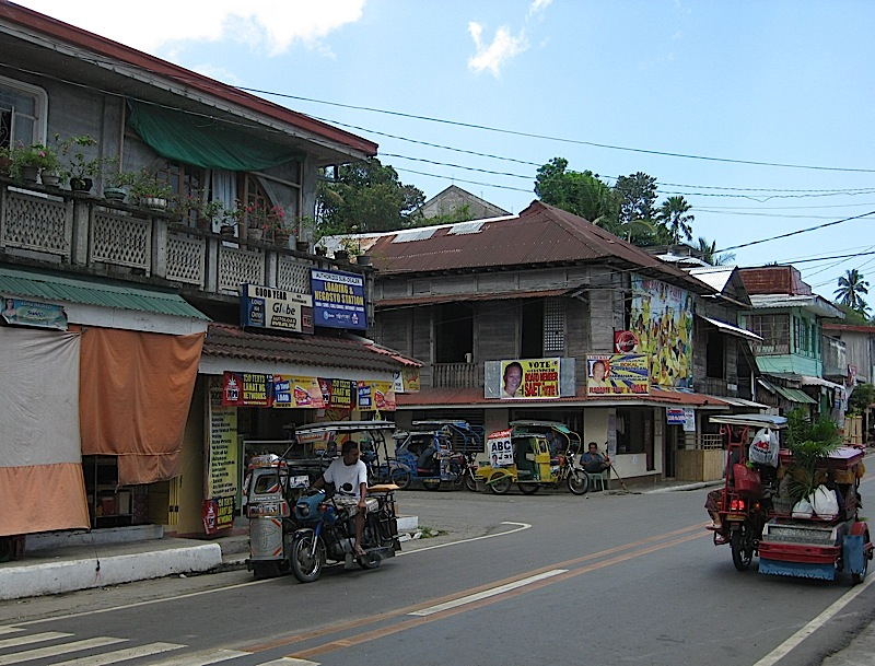 houses with commercial establishments on the ground floor in the town of Gasan in Marinduque province