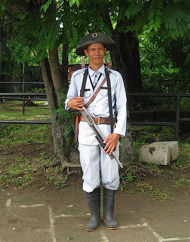 Intramuros security guard in a Guardia Civil's uniform