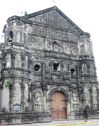 facade of Malate Church