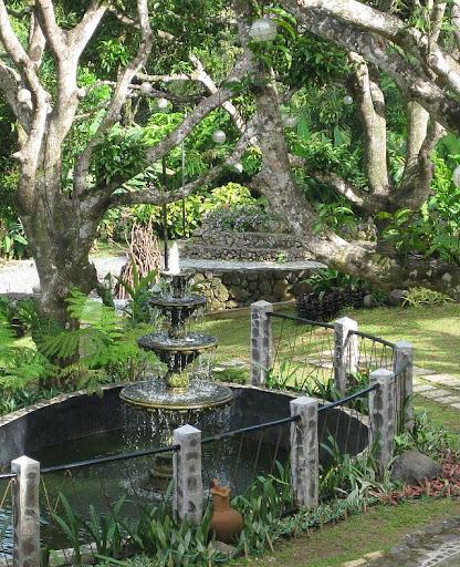 fountain and bonfire pit in Caleruega in Batangas