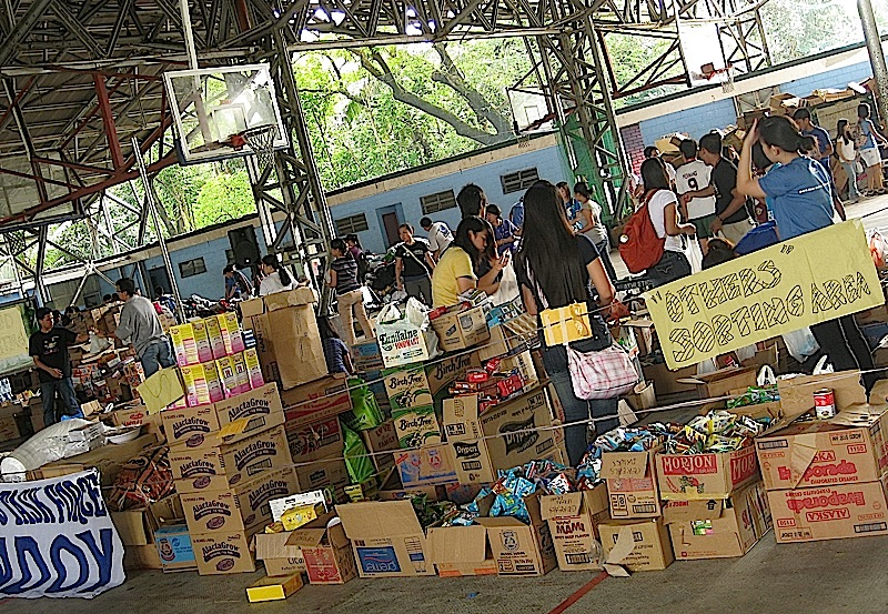 sorting area for Ondoy relief operations center