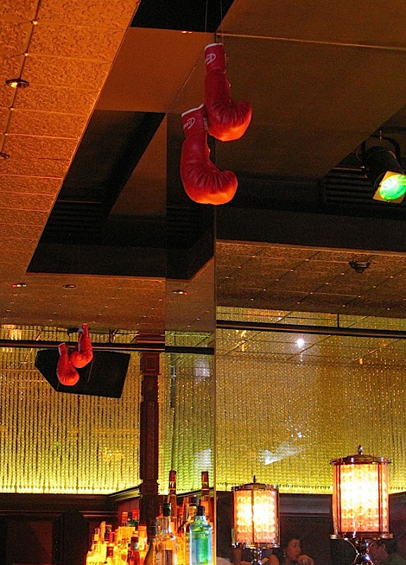 mirrored pillar at the bar during Knock Out Night at Sofitel's 7Pecados