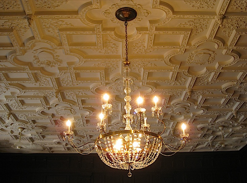 ceiling and chandelier in Casa Loma