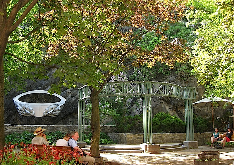 small park at Quartier Petit Champlain, Quebec City