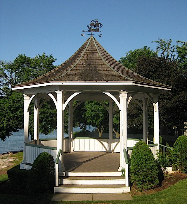 gazebo at Queen's Royal Park in Niagara-on-the-Lake