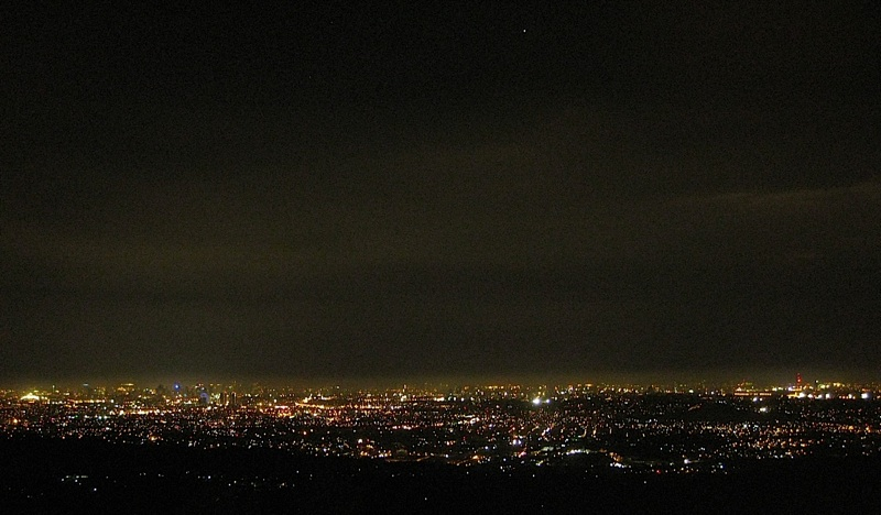 the lights of Metro Manila at night