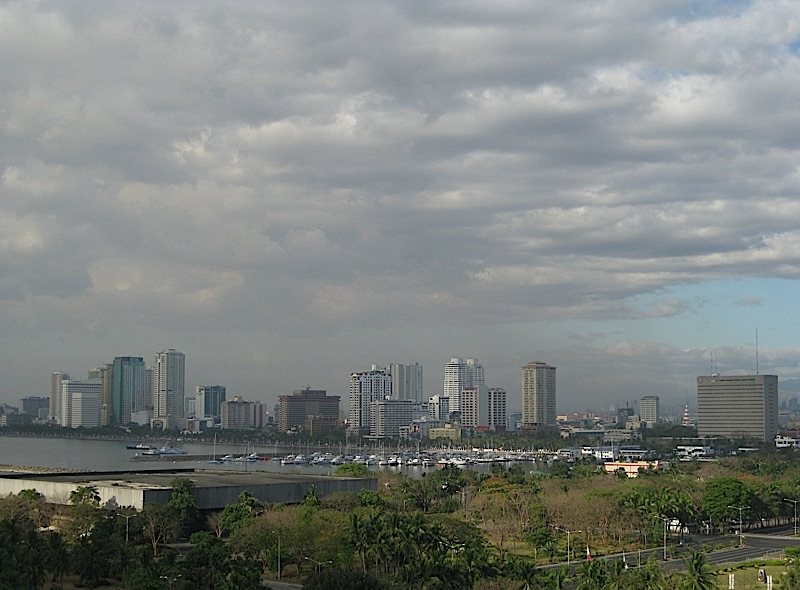 view of Manila from Hotel Sofitel Philippine Plaza
