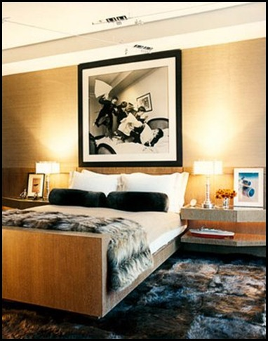 SEMIGLOSSCHIC.BLOGSPOT_113-jacoby-bedroom-0708-xlg-31768355-88419107