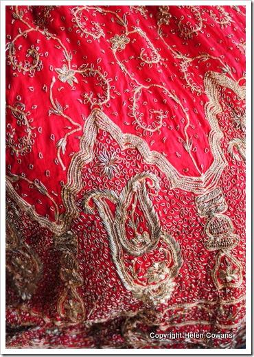 red skirt8