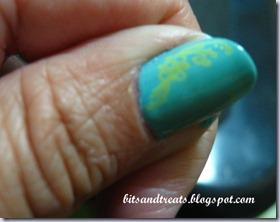 spring nails, by bitsandtreats