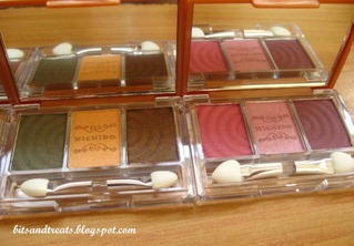 nichido stardust eyeshadow palettes in enchanted green and kiss of pink, by bitsandtreats