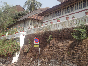 An Interesting house on Altinho Hill