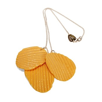 potato-chip-necklace