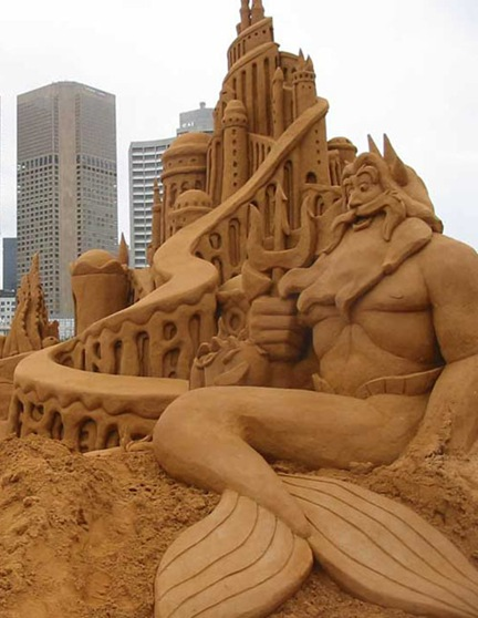 little-mermaid-sand-sculpture