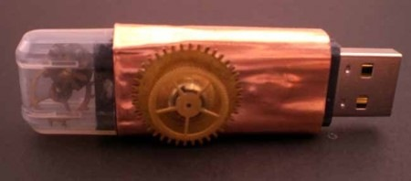 steampunk-usb-flash-drive-with-gearing-detail-450x198