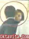 Taufik Hidayat Ciuman