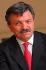 Kerekes S�ndor egyetemi tan�r, rektorhelyettes, BCE
