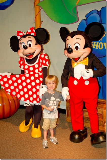skylar with mickey (1 of 1)