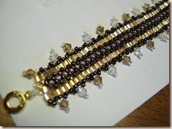 Peyote Daisy Bracelet(Crystals)