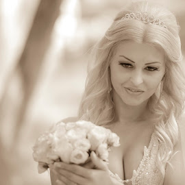 by Mihaela Pop - Wedding Bride (  )
