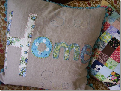 Sweet Home pillow 014