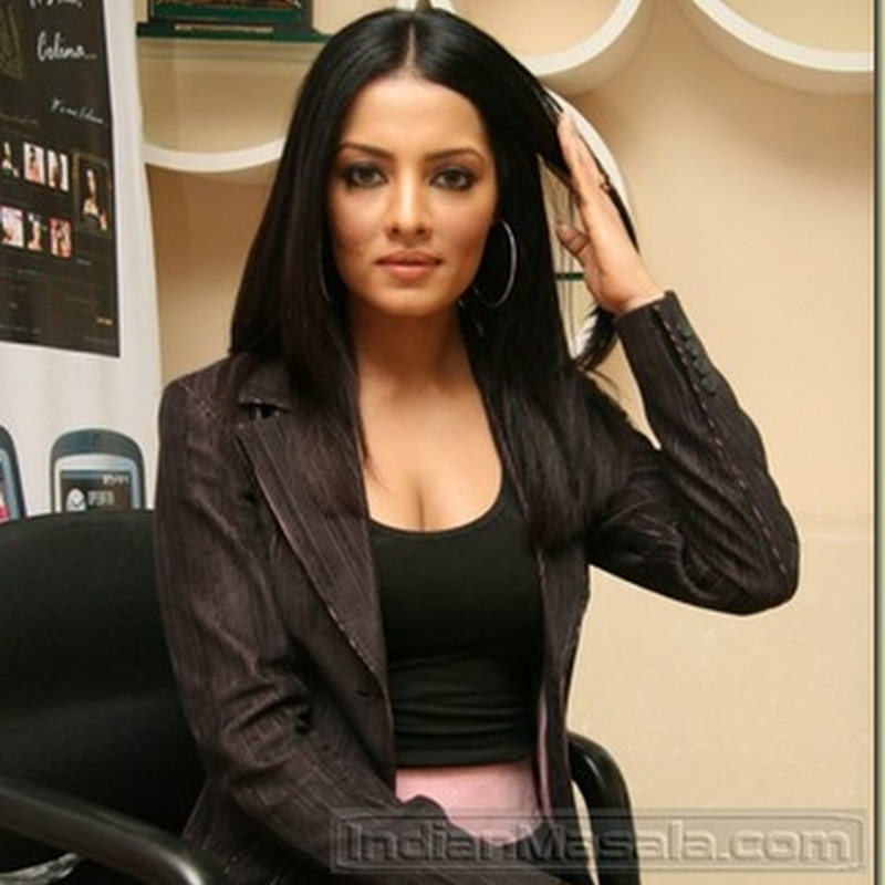 Celina Jaitley escaped from death