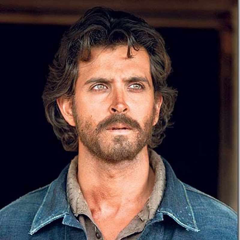 Hrithik Roshan admitted to hospital