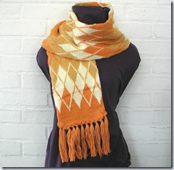 blazingneedles argyle style scarf in gold