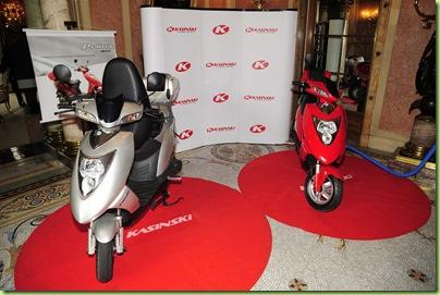 10-08-2010; Rio de Janeiro; Anúncio da Kasinski Motocicletas da construção da primeira fábrica de bicicletas, scooteres e motocicletas elétricas no país; Foto: Marino Azevedo