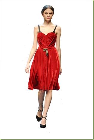 Senac Moda Informação inverno 2011 tema Diorissimo - desfile dolce_gabbana_waw1011_059 cópia