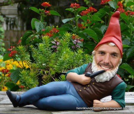 henrik lundqvist garden gnome