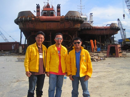 With the inspection team Azman & Radzuan