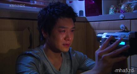 Soo Hyun pon nangis gak sebab takmo berpisah ngn baby tuh, die nih sayang2 tapi tak tnjuk sgt...