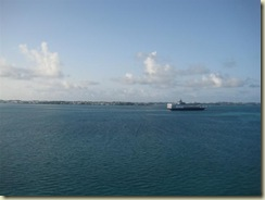 Approach Bermuda w Veendam (Small) (2)