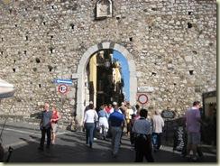 Taormino Catana Gate (Small)