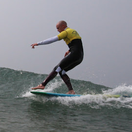 by Nic Evans - Sports & Fitness Surfing