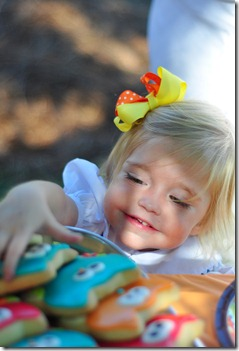 blair's 2nd bday aunt linnie pics 100910 (24)