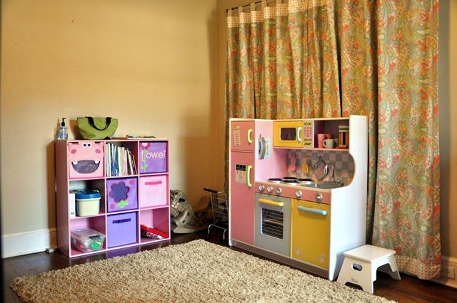 [blair's room 012211 (11)[3].jpg]