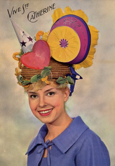 Cartes Postales Pop et  Kitsch des années 50, 70 et 70 - Pop and kitsch vintage postcards from the fifties, the sixties and the seventies : Funny hats, Sainte Catherine