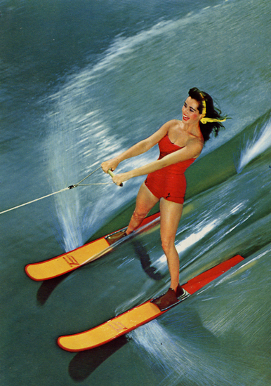 Cartes Postales Pop et  Kitsch des années 50, 70 et 70 - Pop and kitsch vintage postcards from the fifties, the sixties and the seventies : Water sports / Beautés en ski nautique