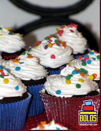 cupcake marshmallow, cupcake chocolate, voltinha cupcake, bolos decorados fabiana correia, bolos maceió-AL