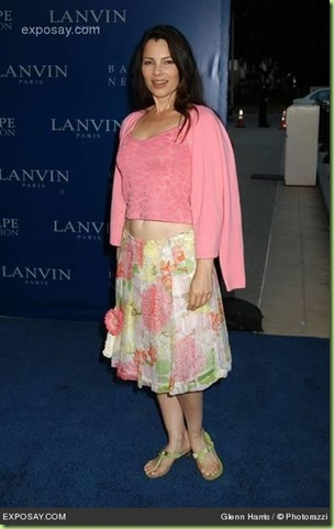 fran-drescher-2004-fall-lanvin-fashion-show-benefiting-the-rape-foundation-1xYrlo