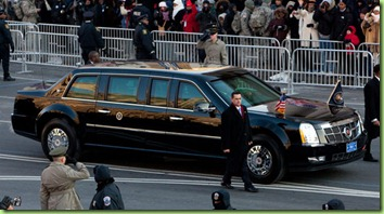 president-obama-takes-inaugural-ride-in-presidential-limousine